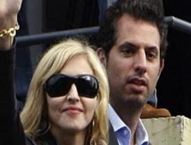 Madonna estrena novio 20 años menor que ella