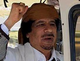 Gadafi acusa a Occidente de intentar controlar el petróleo libio