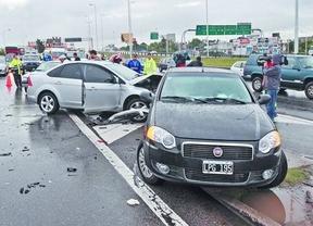 Unos 2.000 conductores, implicados en accidentes con víctimas en 2013 por no respetar la distancia