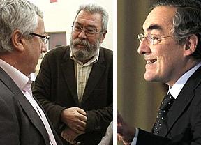 Sindicatos y patronal llegan a un acuerdo... para pedir a Rajoy una 'prórroga' para negociar