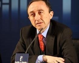 Polémica por el fichaje para la CE de un exconsejero del PSOE