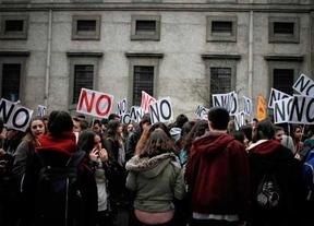 Profesores y estudiantes irán de la mano a la huelga del 24 de marzo contra los grados '3+2'