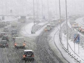 Permanecen cortadas seis carreteras en Granada, Jaén, Sevilla, Huelva y Córdoba