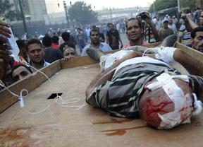 La UE sigue tibia: revisará sus relaciones con Egipto por la