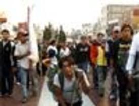 Millones de peregrinos acuden a celebrar el día de la Virgen