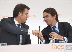 Aznar dibuja con un estruendoso silencio su alargada sombra sobre el PP