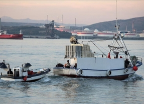 Los pescadores españoles, en crisis después de tres meses de conflicto en las aguas de Gibraltar