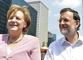 Rajoy y Merkel rompen el parón político del verano con un encuentro en Galicia para tratar temas clave en Europa