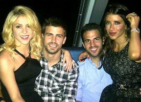 Shakira y Piqué acallan los rumores de crisis con una foto en Twitter