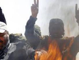 Los rebeldes recuperan el control de Ajdabiya con la ayuda aliada