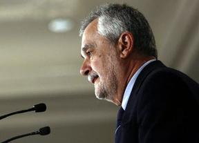 Griñán recalca que ha renunciado a todo y se pregunta