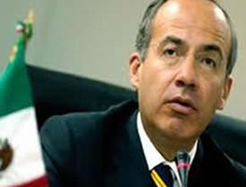 Vuela ya el presidente Calderón en el TP01 rumbo, a Suiza al Foro Económico Mundial