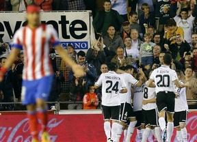 El Valencia seca a Falcao y hace encajar al Atlético su primera derrota liguera (2-0)