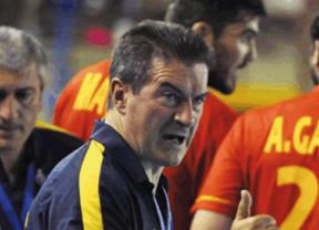 El seleccionador masculino pone a las 'guerreras balonmaneras' como ejemplo para el equipo de La Roja en el Mundial de Qatar