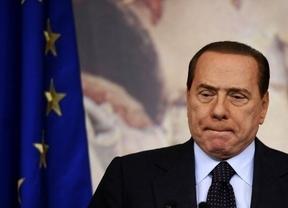 Berlusconi: juzgado por 3 mujeres, condenado por prostitución, vengado en la prensa... y sin obligación de entrar en prisión