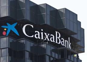 CaixaBank coloca 594 millones de euros en bonos canjeables por el 2,5% de Repsol para reforzar su solvencia en Basilea III