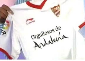 El Sevilla contraataca a Duran... ¡en el Camp Nou! con lema 'Orgullosos de Andalucía' en su camiseta