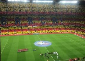 Margallo acusa al minuto independentista del Camp Nou de manchar la 'marca España'