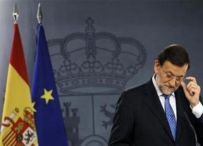 Rajoy cede a revisar los criterios de reparto del déficit autonómico... pero ya de cara a 2014