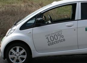 La mitad de las empresas considera excesivo el tiempo de recarga del eléctrico