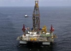 El petróleo, por encima de los 120 dólares por primera vez desde agosto de 2011