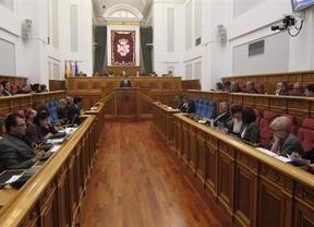 La oferta para aplazar la supresión de sueldos de diputados denota que el ahorro