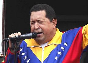 Chávez acalla los nuevos rumores sobre su salud retransmitiendo en directo su regreso a Venezuela