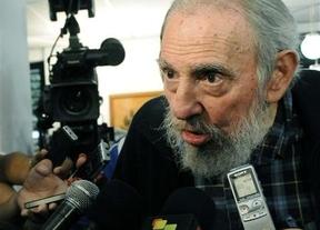 Fidel Castro reaparece en público por primera vez desde 2006 para una votación