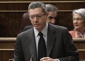Gallardón vs. PSOE, batalla de 'progres': el ministro argumenta que defiende la vida con su Ley del aborto