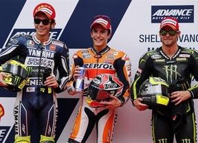 Márquez vuela en Sepang y consigue una nueva 'pole' ante Lorenzo, cuarto, y Pedrosa, quinto