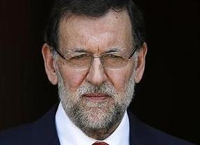 Rajoy mueve ficha tras las críticas por su silencio y recibirá a las víctimas de ETA