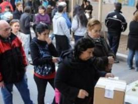 Unos 28 millones de argentinos votan en las elecciones