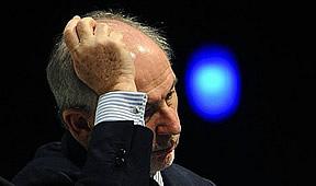 Rato se borra del PP temporalmente para no perjudicar más al partido de Rajoy