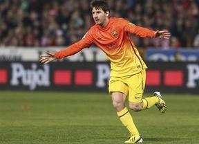 Otro doblete de 'Supermessi' salva a un Barça que supo sufrir para ganar en Granada (1-2)