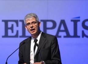 El director de 'El País' intenta frenar la 'huelga' de firmas con una carta