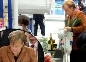 Merkel, como todos los mortales, también va al supermercado