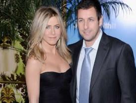 Sandler y Aniston arrasan en las taquillas de Estados Unidos