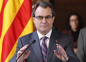Artur Mas dice, sobre Rajoy y la consulta, que 'hablando se entiende la gente', pero anuncia 23 condiciones para rebajarla