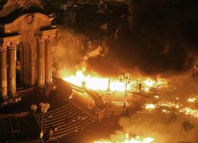 Kiev continúa en llamas: más de 20 muertos en los enfrentamientos entre manifestantes y policías