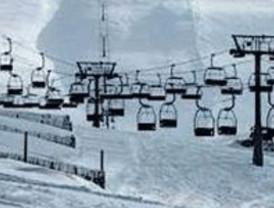 La estaciones de Valdesquí y La Pinilla tienen previsto abrir mañana