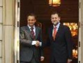 Rajoy dice que Zapatero no le ha contado 'nada' sobre ETA...¿o sí y no nos lo cuentan?
