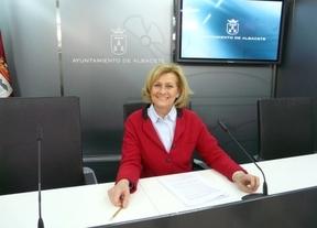 La alcaldesa de Albacete y su equipo renuncian a la extra de Navidad