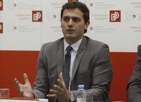 PP y PSOE 'se echan encima' de Rivera por su propuesta de legalizar la prostitución