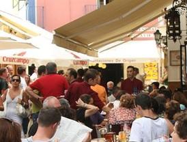 Centenares de restaurantes y bares piden licencias de terraza y veladores y cerramientos