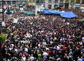 15-M: primera manifestación contra la reforma laboral