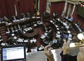 Argentina acelera el trámite parlamentario para expropiar YPF 'cuanto antes'