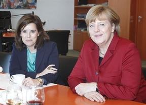 Alemania al 'rescate': Merkel propone a Santamaría la aplicación de una doble FP para frenar el paro juvenil