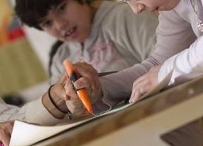 Caos educativo: al menos 350 plazas de Educación Infantil y Primaria aún están sin cubrir en Madrid