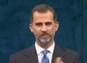 El Rey Felipe VI tiene un lapsus y le 'roba' los premios del año que viene a su hija Leonor