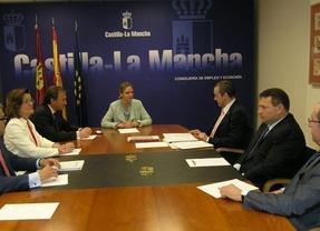 Junta y Cámaras de Comercio analizan las posibilidades de la nueva Cámara de Comercio de España